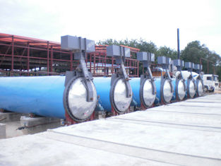 China Pneumatic Industrial Autoclaves Pressure For Wood / Brick / Rubber / Food , Φ1.65 m supplier