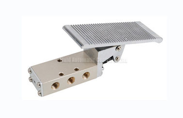 China 2 Position 5 Way Compact SFV Foot Pedal Valve For Pneumatic Automation System distributor